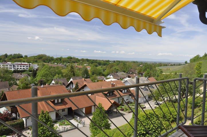 Im Vogelnest - A Bird's Eye View - Sulzburg - Leilighet