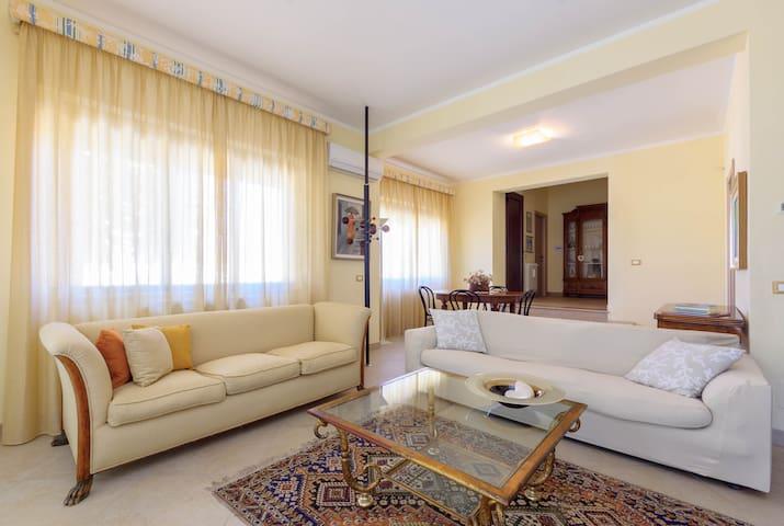 Abitazione accogliente - Sant'Andrea Bonagia - Villa