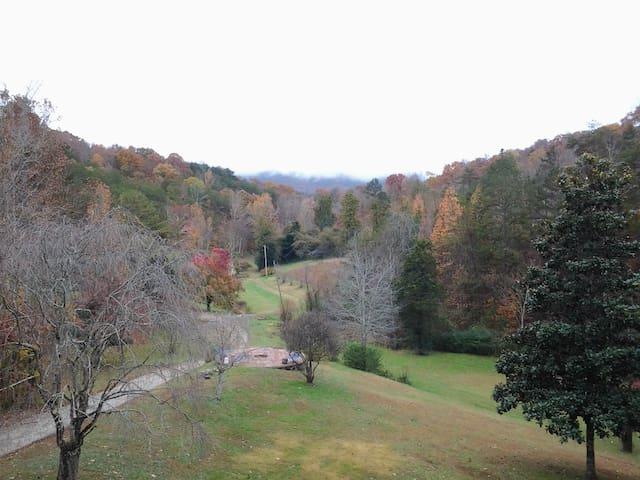 Mountain Hollow hide-away - Maryville - Apartamento