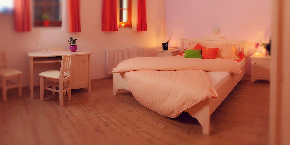 Gostišče Macesen- double bed - Spodnja Sorica - Bed & Breakfast