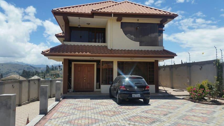 Beautiful newly constructed House - Ambato - Casa
