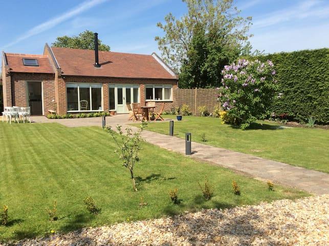 beautiful cottage nr Melton Mowbray - Langar - Hus