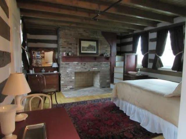 Solac(URL HIDDEN)Room#4- Summer House - Westminster - Bed & Breakfast