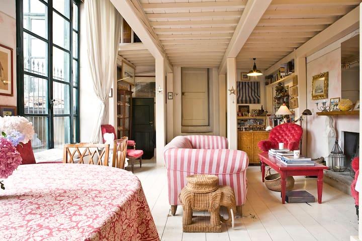 garden loft apartment downtown Flo - Florence