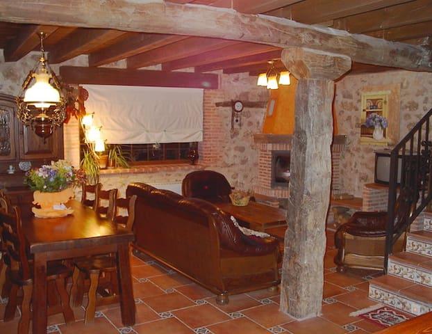 Casa Rural 8-10 pax - Mata de Quintanar - Ev