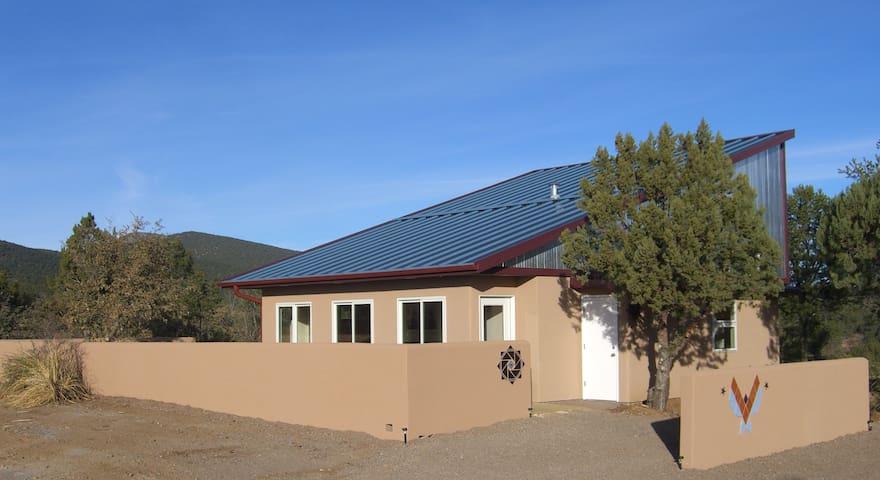 A Power House; newly built Casita - Silver City - Huis