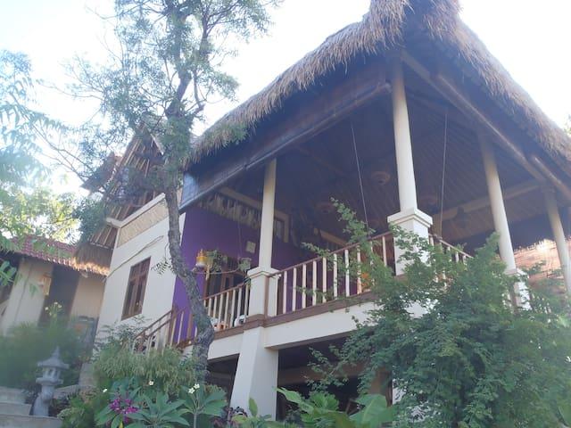 Om Shanti Private Cottage Amed Bali - Abang - Pousada