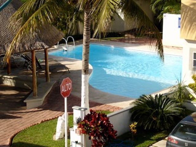 cancun house with swiming pool - Cancún - Huis