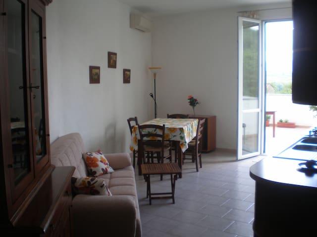 tranquillo e grazioso appartamento  - Monti