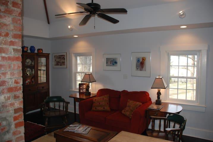 Studio Apt Greenwood Estate Area - Afton - Appartement