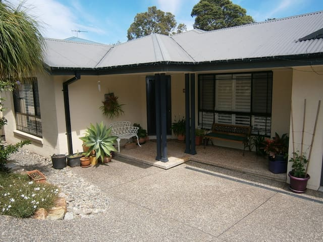 Comfort and  access to the beach. - South West Rocks - Ev