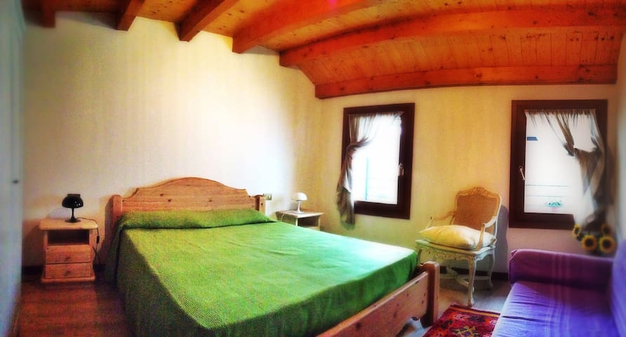 Charming house on the hills between Bassano/Asolo -  BORSO DEL GRAPPA - Huis