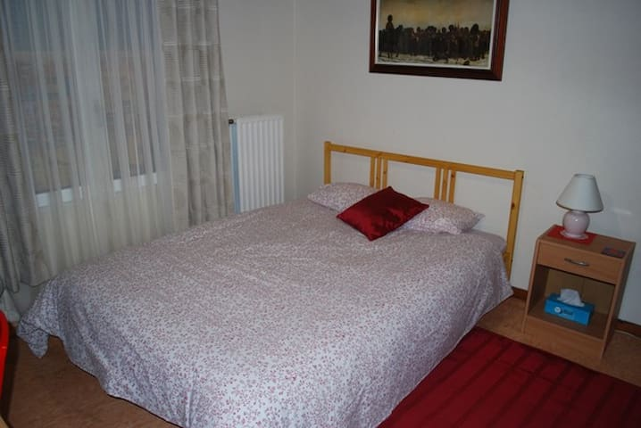 NE France,Double room, family home  - Écurey-en-Verdunois