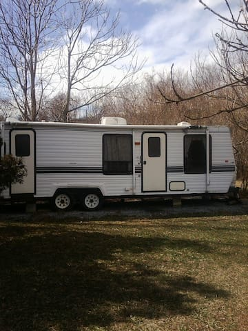Fully Equipped RV near Leesburg - Lovettsville
