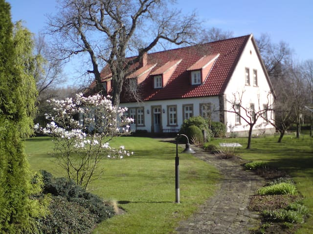 Historic Farm House in Countryside - Mettingen - Rumah