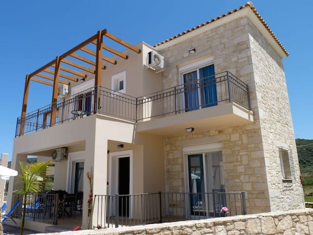 Azure Beach Two Bedroom Villas - Chania - Huis