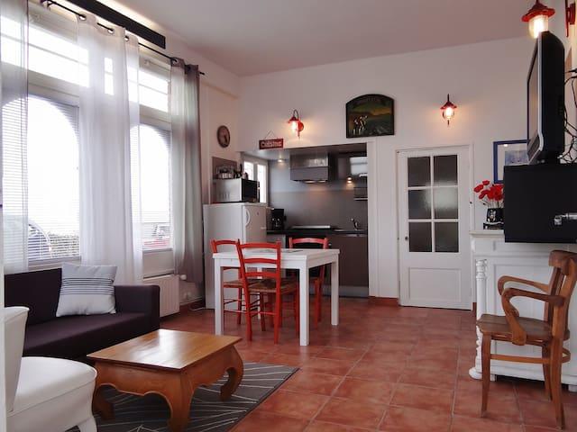 LOCATION MEUBLE HONFLEUR - Honfleur - Lägenhet