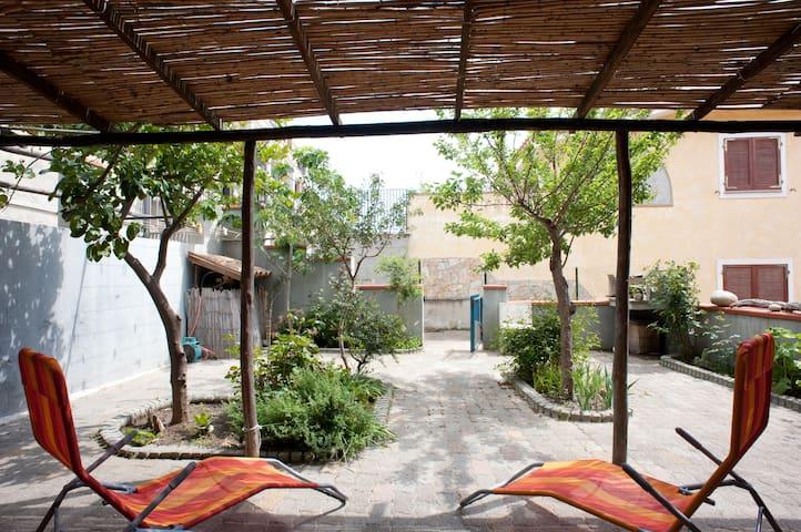A very nice appartment with garden - Villasimius