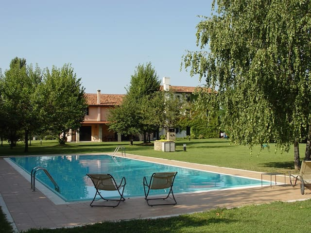 Country house with swimming pool - Oderzo