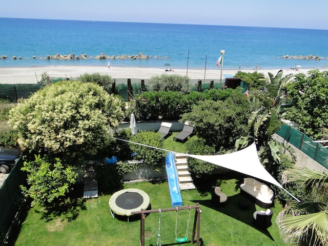Holiday House by the sea Sicilia - Capo D'orlando