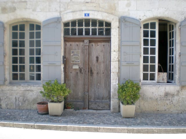 La DEMEURE Saint-Clar - Saint-Clar - Bed & Breakfast
