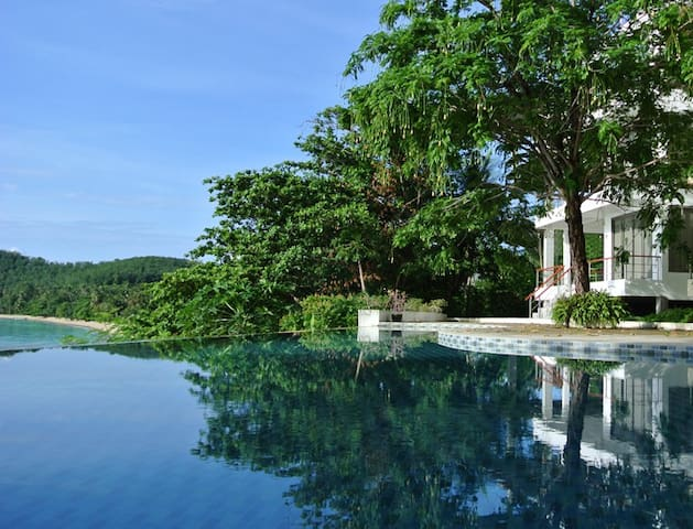 Bann Sanehchandra Ocean front villa - Ratsada - Vila