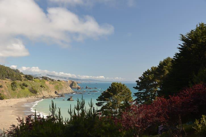 Luxurious Ocean/River View Escape  - Albion