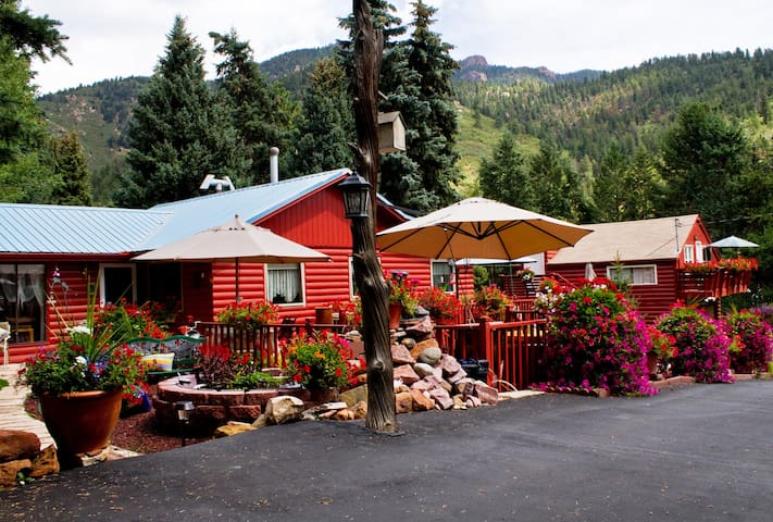 Mountain Retreat - Colorado Springs - Cabaña