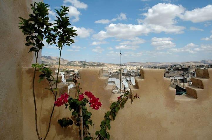 Skylight apartment in heart of Fez - Fes - Leilighet