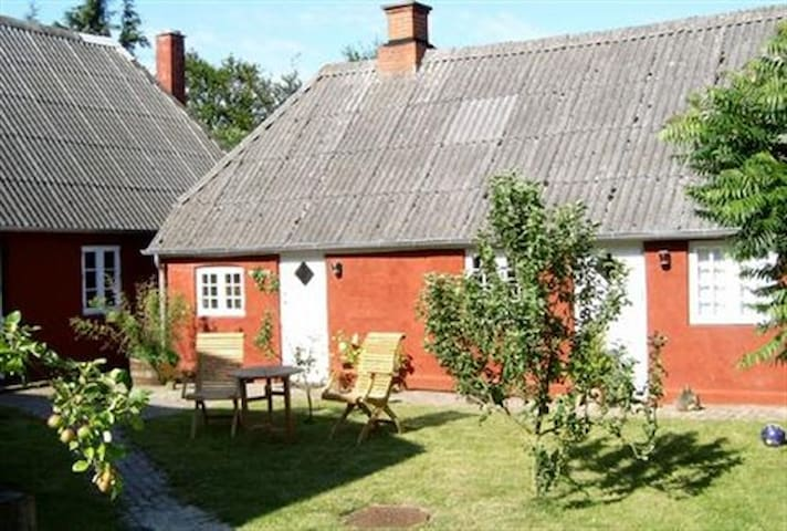 Atelier - summer cottage at sea - Esbjerg