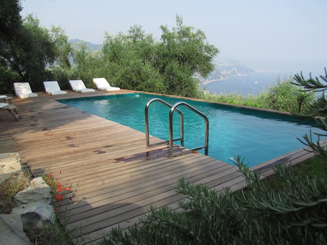 CHARMING APARTMENT VILLA WITH POOL - Rapallo - Appartement