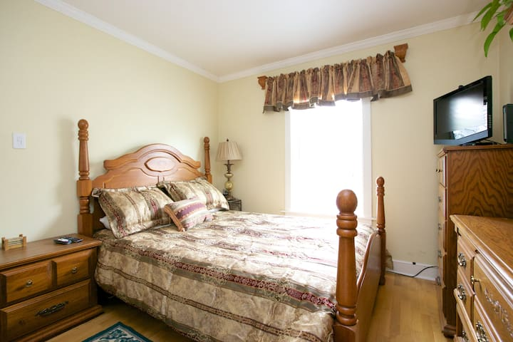 Private room in Kent /Seattle area - Kent