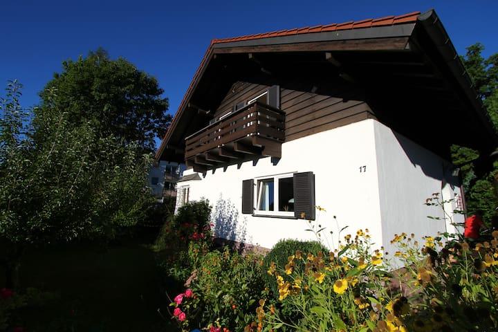 House beween Munich and Starnberg - Gauting - Dom