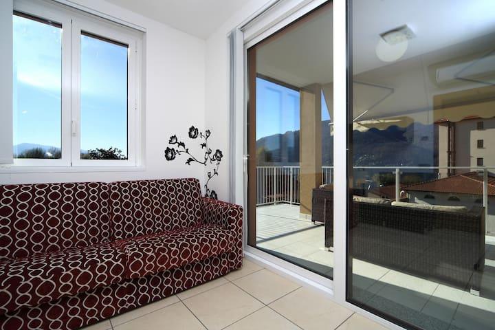 C201 Appartamento superior 2 camere - Maccagno - Dom