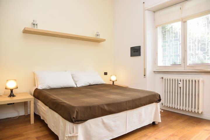 FLAT WITH GARDEN - Free WiFi - Roma - Apartamento