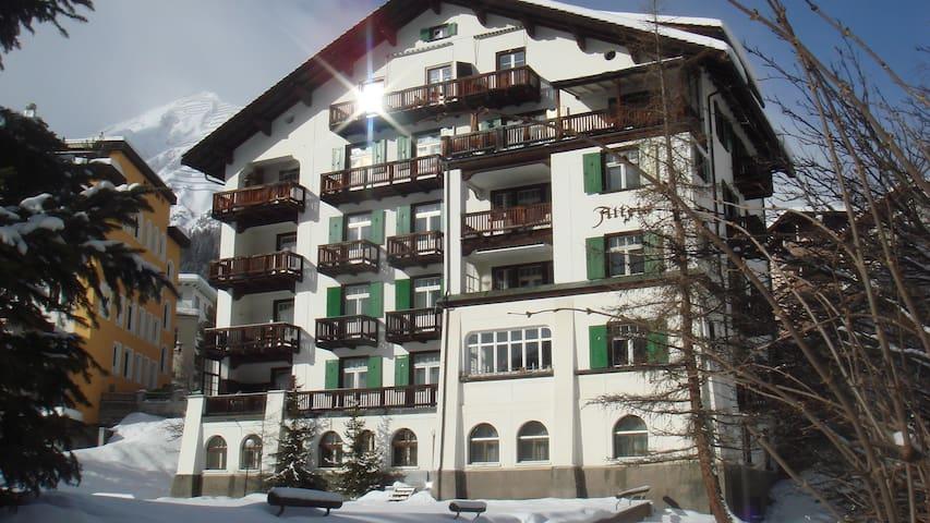 Holiday Apartment Altein Davos - Davos - Departamento
