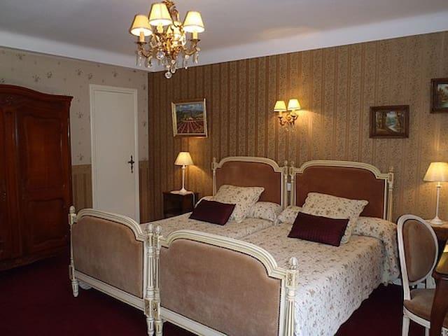 Chambre lits jumeaux dans maison 20km Toulouse - Vacquiers - Pousada