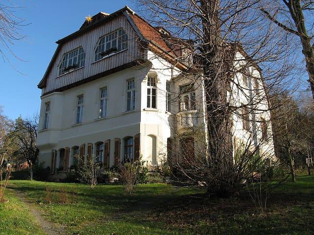 Villa am Wald - Gera - Daire