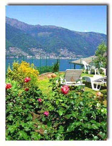 Lovely, private Lake sightseing!!!! - Tronzano Lago Maggiore - Departamento