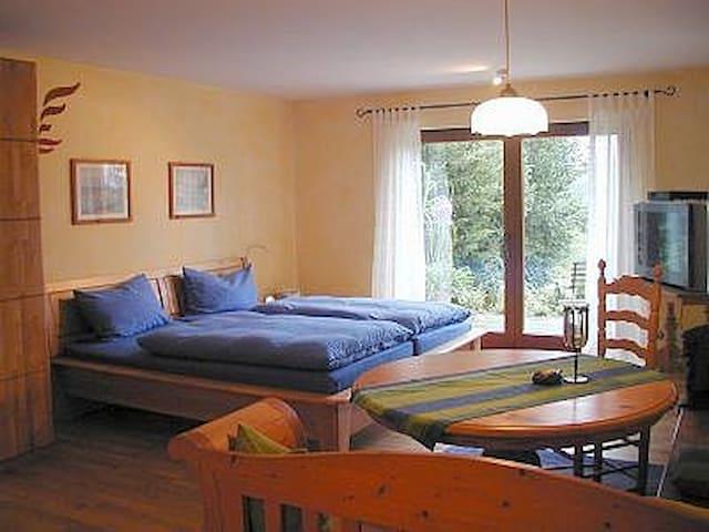 Schöne Ferienwohnung bei Wangen i.A - Hergatz - Lägenhet