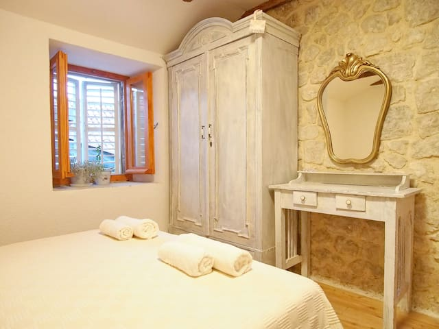 Apartment Lale in Old Town - Dubrovnik - Hus