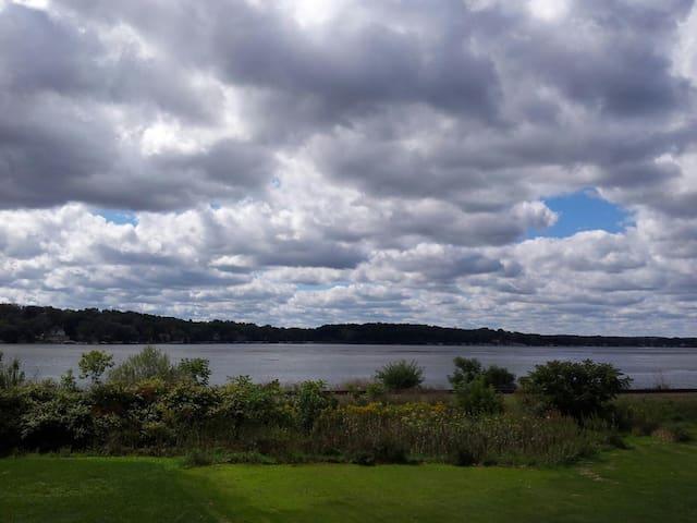 Pewaukee Lake House for US Open - Pewaukee - Hus