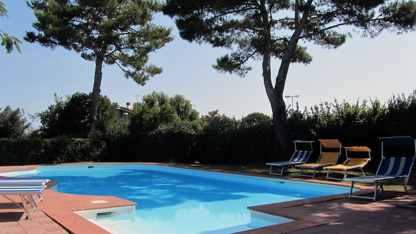 Terraced houses in a residence with swimming pool - Riccione - Talo