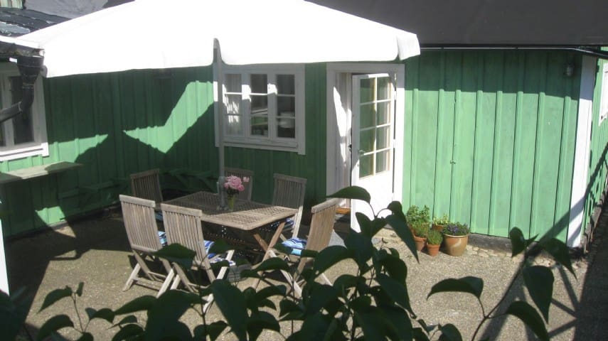 Cosy Cottage close to the sea - Höganäs - Дом