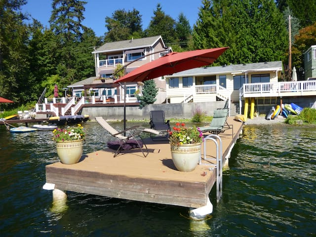 Cottage on Sammamish - Lake House - Sammamish