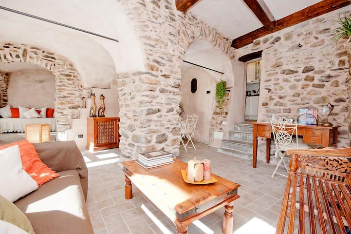 North Tuscany, dreamy stone retreat near 5 Terre - Fornoli - Apartemen