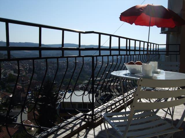 best views Veliko Tarnovo, sleeps 6 - Veliko Tarnovo - Daire
