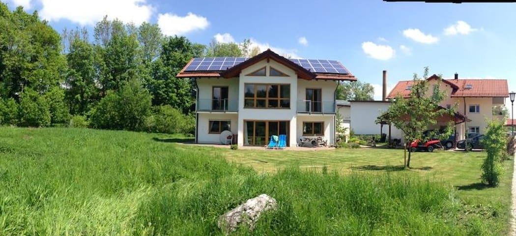 Ferienhaus im Grünen bei München - Feldkirchen-Westerham - Hus