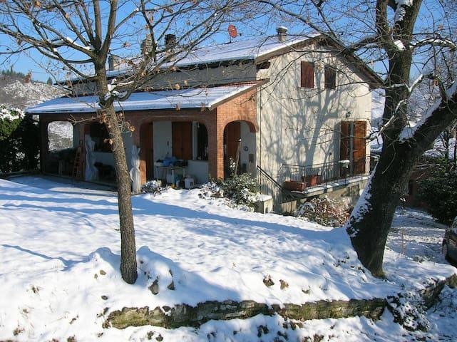 Accogliente casa a Savigno - Savigno