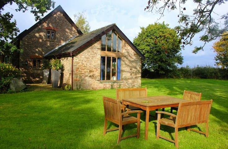 Orchard Barn @Berllanderi 5 Star SC - Usk - Casa